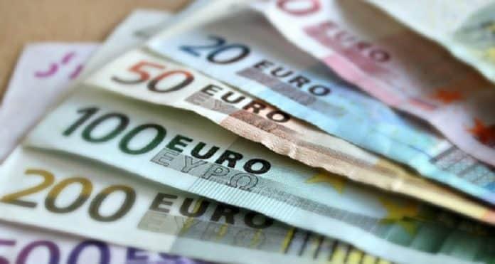 Quel salaire pour emprunter 300 000 euros